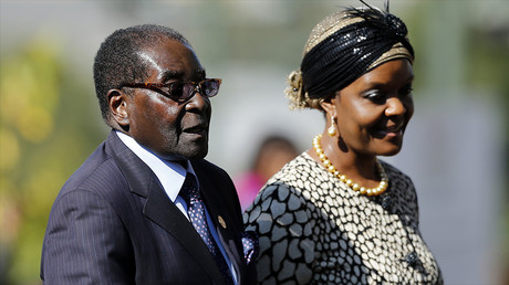 Robert Mugabe et son épouse Grace, en mai 2014, photo ©SIPHIWE SIBEKO / POOL / AFP