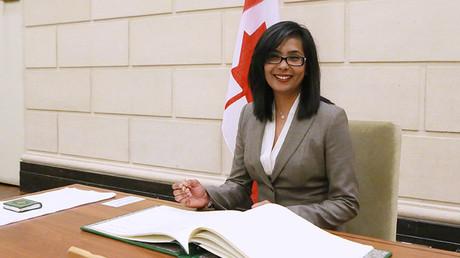 La députée Iqra Khalid