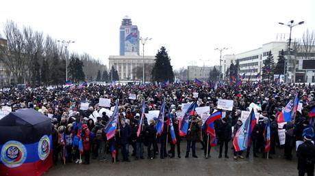 La manifestation à Donetsk