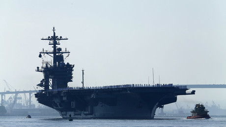 Le porte-avions USS Carl Vinson