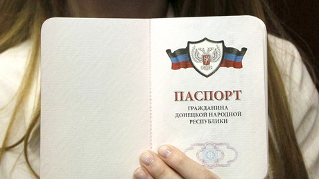 Moscou répond à Paris et Berlin sur la reconnaissance des passeports des rebelles ukrainiens