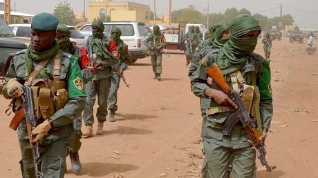 Des patrouilles mixtes entre soldats maliens et ex-rebelles