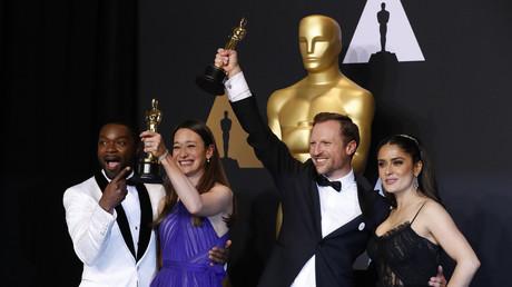 Lors de la 89ème cérémonie des Oscars, le film sur les Casques blancs a obtenu la récompense du meilleur court-métrage documentaire