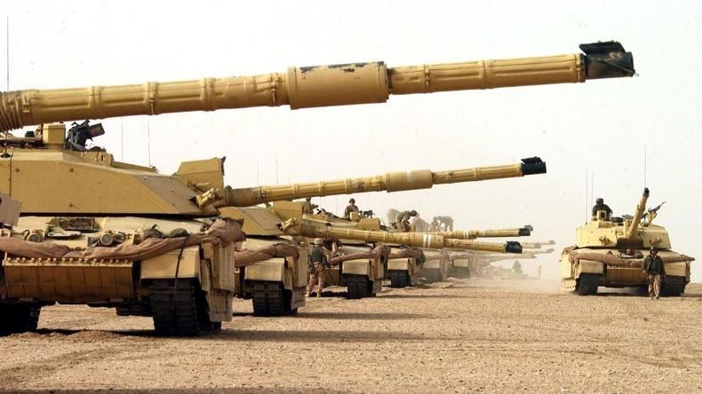 L'OTAN déploie des armes lourdes britanniques et françaises en Estonie