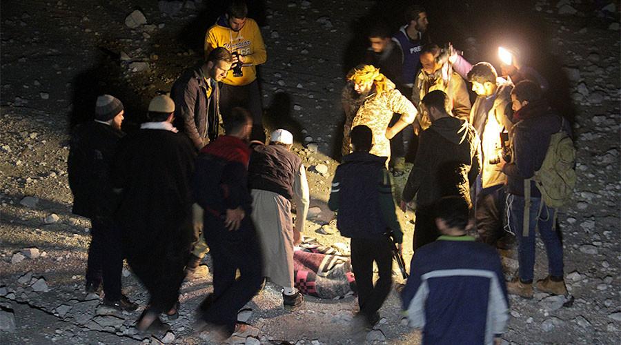 «Crime de guerre» ? Washington reconnaît une frappe meurtrière sur une mosquée syrienne