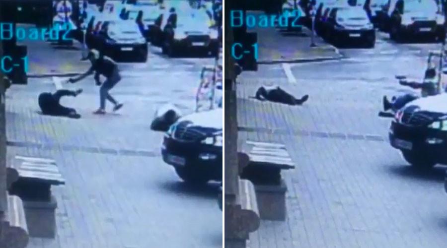Une caméra de surveillance a filmé le meurtre de sang-froid d'un ancien député russe à Kiev (VIDEO)
