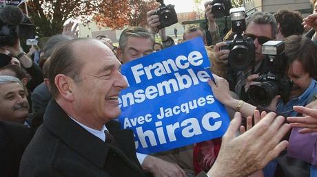 Le président Jacques Chirac en campagne, en mars 2002