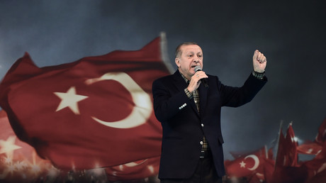 Le président turc lors d'un meeting à Istanbul