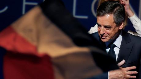 François Fillon a les statuts des Républicains de son côté... ainsi que l'argent de la primaire
