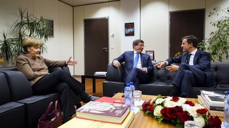 Angela Merkel, Ahmet Davutoglu et Mark Rutte