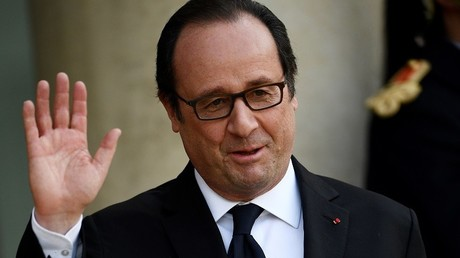François Hollande d'humeur blagueuse