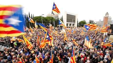 Manifestation en soutien d'un référendum sur la sortie de la région catalane de l'Espagne, 13 novembre 2016