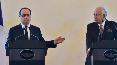 Le président de la République François Hollande et le Premier ministre malaisien Najib Razak