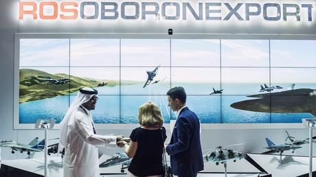 Un stand de Rosoboronexport à l'exposition internationale Dubai-Airshow 2015