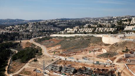 Construction d'une colonie en Palestine occupée