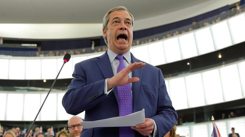 Nigel Farage compare le Parlement européen à une «mafia» et l'accuse de se venger du Brexit