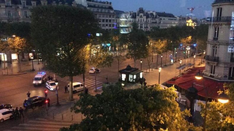 Champs-Élysées : un homme a ouvert le feu sur la police avant d'être abattu, un policier tué