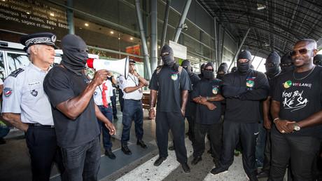 Cazeneuve rejette la demande «irréaliste» d'un plan d'aide de 2,5 milliards d'euros pour la Guyane