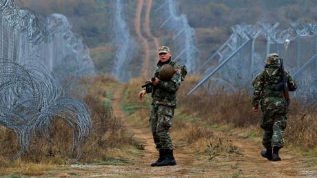 A la frontière entre la Grèce et la Macédoine