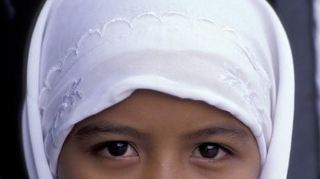 Un député malaisien estime que les fillettes de 12 ans peuvent se marier, notamment après un viol