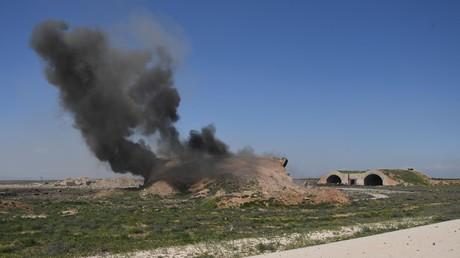 La base aérienne en Syrie frappée par les Etats-Unis