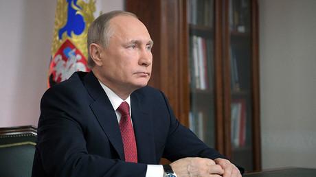 Vladimir Poutine constate une perte de confiance entre Washington et Moscou