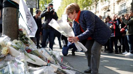 Le lieu d'attentat sur les Champs-Elysées