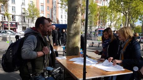 Des journalistes de RT International se sont vus refuser l'accès au QG de campagne d'Emmanuel Macron, le 23 avril en fin d'après-midi