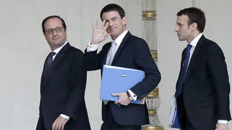 François Hollande, Manuel Valls et Emmanuel Macron en février 2015, photo ©STEPHANE DE SAKUTIN / AFP