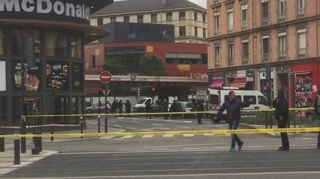 Incendie criminel dans un restaurant McDonald's à Grenoble, pas de blessé à déplorer