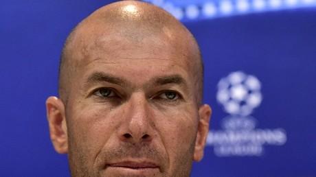 Zinédine Zidane s'essaye à la politique