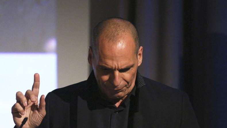 Après l'avoir soutenu, Varoufakis met Macron en garde