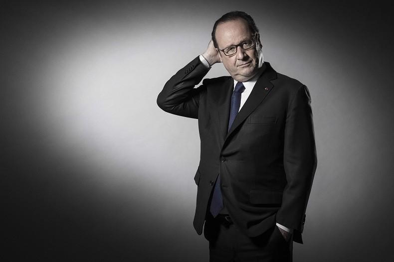 Pour son dernier shooting photo en tant que président, François Hollande se lâche... un peu (PHOTOS)