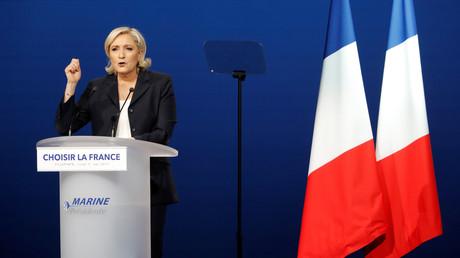 Calendrier des négociations avec l'UE : Marine Le Pen affirme que sa nièce a été mal comprise
