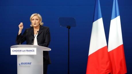 Marine Le Pen lors de son meeting à Villepinte le 1er mai 2017