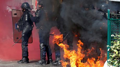 Policier brûlé le 1er mai : une section de la CGT parle de «poulet grillé» et soulève un tollé