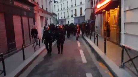 Manifestation contre Marine Le Pen et Emmanuel Macron à Paris