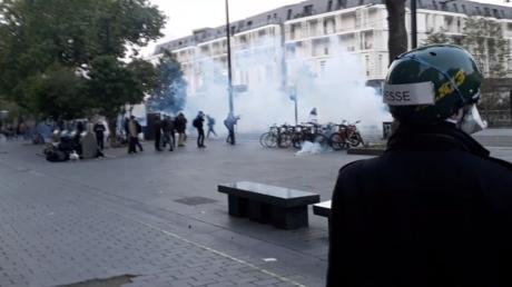 «Macron dégage» : échauffourée entre manifestants «anticapitalistes» et la police à Nantes
