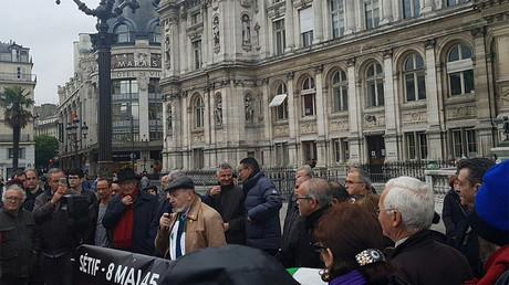 «Crimes coloniaux» : manifestation pour commémorer les massacres du 8 mai 1945 en Algérie (IMAGES)