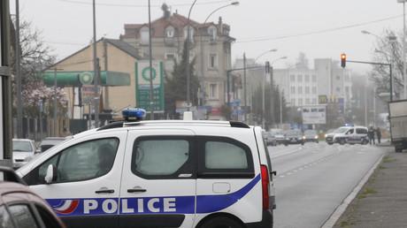 Massy: la famille du jeune homme tué en quad alors qu'il fuyait la police porte plainte