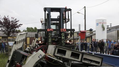 Une machine-outil détruite par les salariés de GM&S