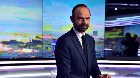 Edouard Philippe sur le plateau télé de TF1