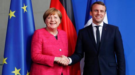 La chancelière allemande Angela Merkel rencontre le président français Emmanuel Macron