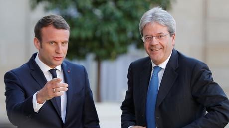 Emmanuel Macron et le Premier ministre italien Paolo Gentiloni à l'Elysée à Paris le 21 mai 2017