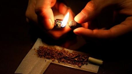 Bientôt des contraventions immédiates contre les consommateurs de cannabis