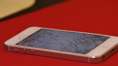Un smartphone et une tablette Apple sont-ils à l'origine du crash du vol MS804 d'Egyptair ?