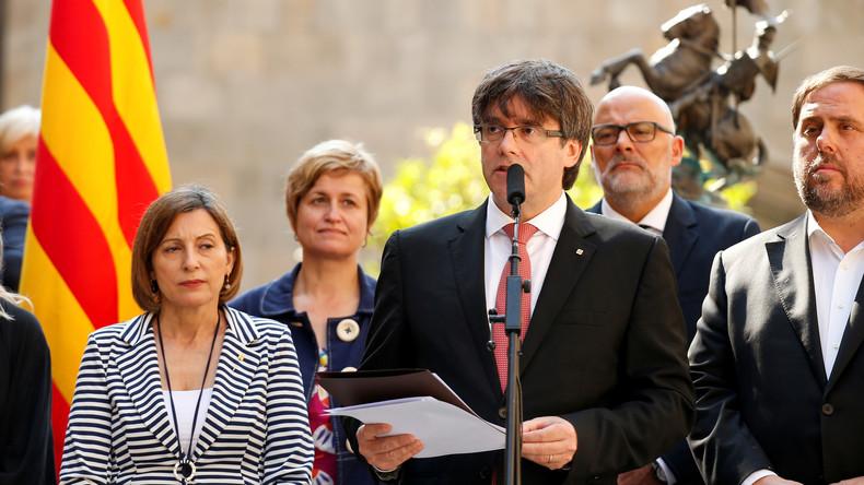 """Résultat de recherche d'images pour """"photo annonce du referendum en catalogne"""""""