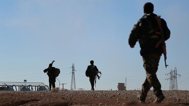 «Tournant stratégique» dans la lutte contre Daesh : l'armée syrienne atteint la frontière irakienne