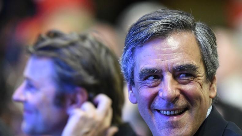 France monde l ché par ses soutiens fillon se pose en combattant