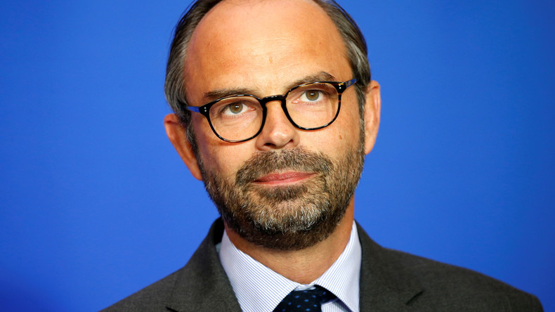 Le gouvernement va démissionner «dans la journée» pour un «remaniement technique»